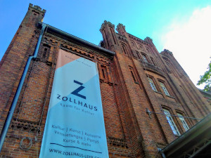 Zollhaus Leer