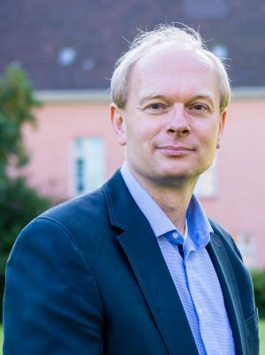 Karl Oltmanns